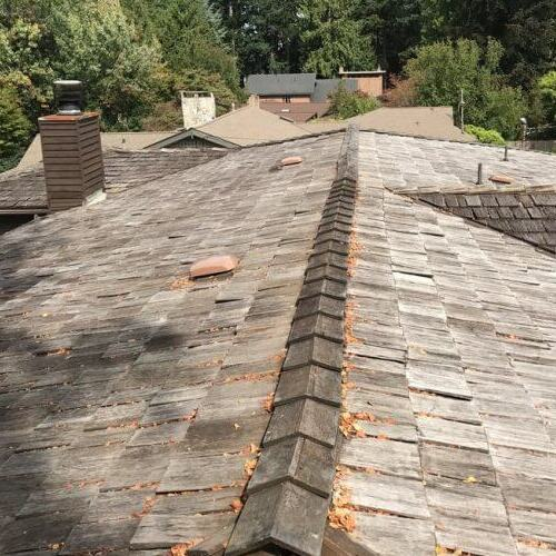 A Roof That Needs to be Replaced.